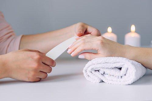 Manicure-etap-1